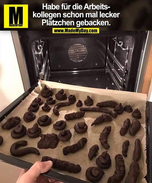 Habe für die Arbeitskollegen schon mal lecker<br /> Plätzchen gebacken.